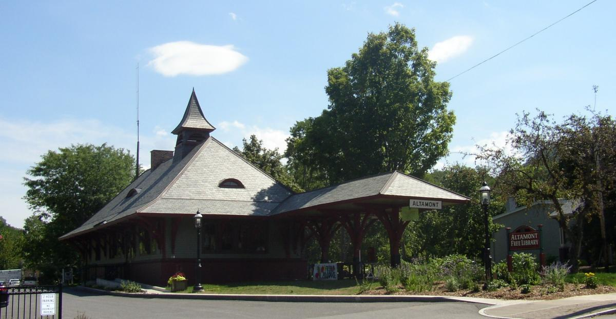 a train station building